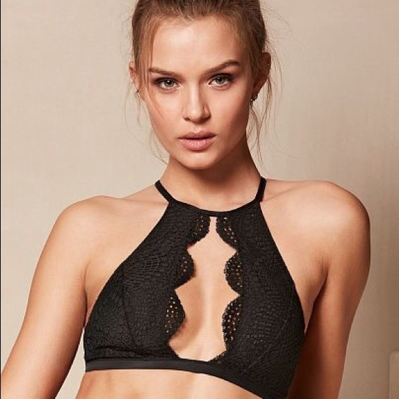 be8abde2fdff8 Victoria s Secret High Neck Keyhole Bralette